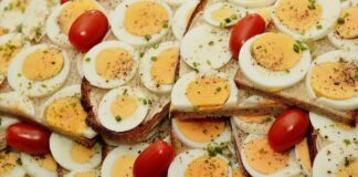 best way to boil eggs