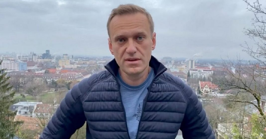 Alexei Navalny To Be Arrested on Return to Russia, Says Prison Service