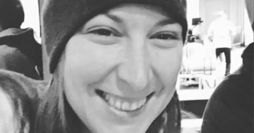 The Woman Shot and Killed by Police in Storming of the US Capitol was a Military Veteran Named Ashli Babbitt
